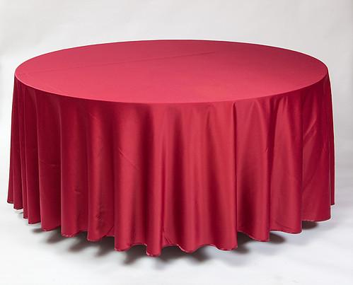 Bordo apvali staltiesė T3