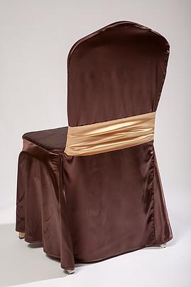 sokoladinio-rudo-kedes-uzvalkalo-nuoma
