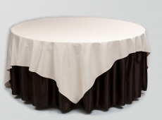 Krem-briulė spalvos staltiesė